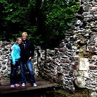 Emma and Lesley at Dunstaffnage Castle